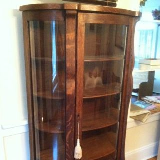 Antique Curved glass oak curio cabinet With 4 wood shelves Local Pick