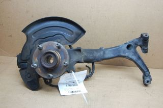 98 99 00 01 VW PASSAT LEFT FRONT SPINDLE KNUCKLE HUB 8D0 407 257 AL