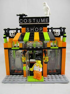 Lego Custom Made Costume Shop/Store/Boutique Town City Train 7