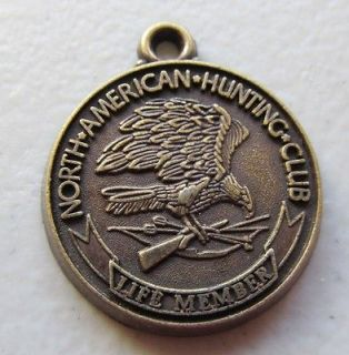 NORTH AMERICAN HUNTING CLUB LIFE MEMBER MEDALLON / KEYCHAIN