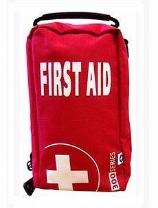 EMPTY FIRST AID KIT BAG WITH COMPARTMENTS   MEDIUM   RED