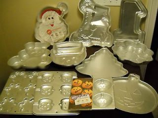 lot of 11 Wilton cake Pans  NUMBER One, Bear, Santa, Tree, Flower, Big