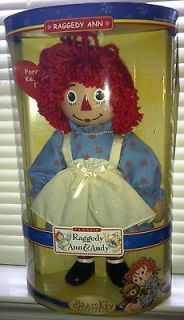 Classic Raggedy Ann Porcelain Keepsake Doll By Brass Key New In Box