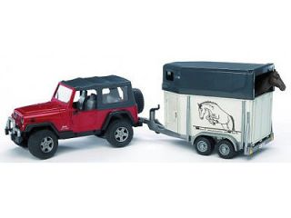 BRUDER 1/16 SCALE JEEP WRANGLER UNLIMITED WITH HORSE AND TOW TRAILER