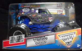grave digger monster truck in Diecast & Toy Vehicles