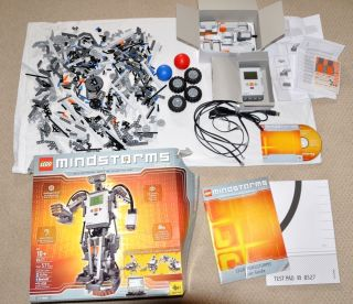 Lego Mindstorm NXT 8527 Robotics Complete Set for Windows and MAC