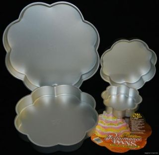 Set 4 Wilton Tiered Flower Petal Cake Pans & Insert #502 2138 4 Tier
