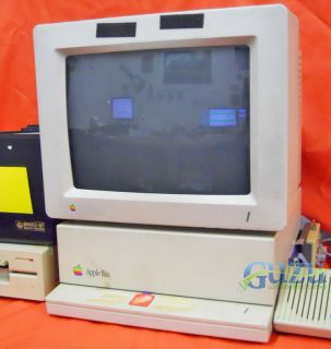 Vintage Apple Macintosh IIGS Computer Applecolor RGB Monitor 5 25