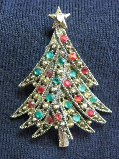 Hollycraft Red Green Rhinestone Christmas Tree Pin