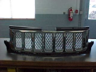2011 jeep grand cherokee chrome grille  320