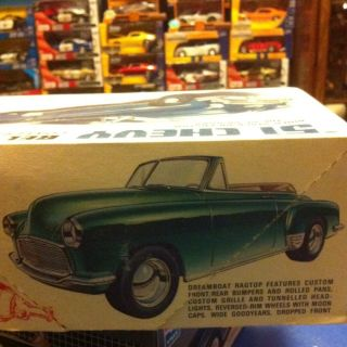 1951 Chevrolet Bel Air Convertible Model Car Kit 1 25 Scale AMT T272