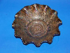 Fenton Persian Medallion Amethyst Carnival Glass Bowl