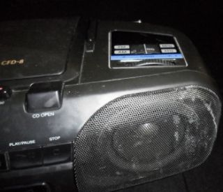 Sony CD Radio Cassette Corder CFD 8 Player Radio Works