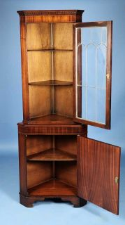 Antique Style Mahogany Corner Cabinet Hutch Display Case