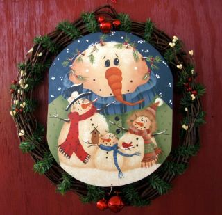 HOLIDAY WINTER CHRISTMAS WREATH DECOR DOOR WALL HANGING COUNTRY FOLK