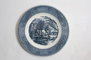 Vtg Currier & Ives Royal Ironstone China Dinner Plates