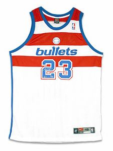 MICHAEL JORDAN Signed Bullets Authentic Nike Jersey UDA    Upper