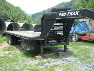 2002 Pro Track Gooseneck Dovetail Equipment Trailer