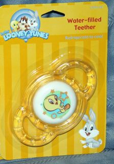 LOONEY TUNES BABY BOYS GIRLS YELLOW WATER FILLED RATTLE TEETHER TOY