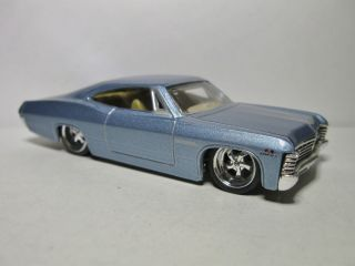 JADA TOYS DUB CITY AWESOME 1967 67 CHEVY IMPALA LOOSE 1/64