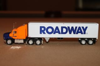 Collectible ROADWAY Tractor Trailer Toy Truck Mack Peterbilt Kenworth