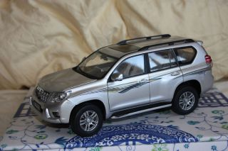 Dealer 1 18 Toyota Land Cruiser Prado 2010 LC150 Silver