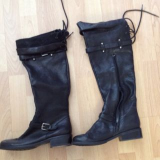Me Too High Shaft Black Leather Boots