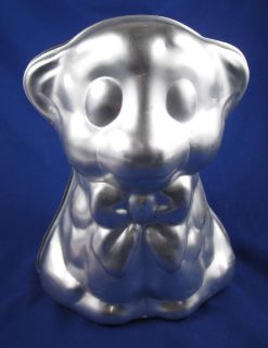 Wilton Cake Pan Mold 1974 Teddy Bear Bow 502386 3D 60643 9 by 7 by 6
