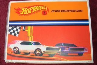 Vintage 1967 Hot Wheels Redline 24 Car Collector Case