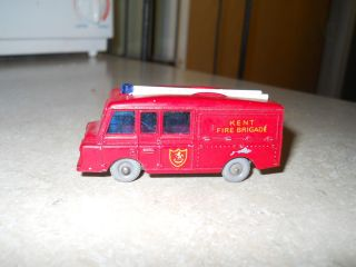 Matchbox Lesney 57 Land Rover Fire Truck Gray Wheels
