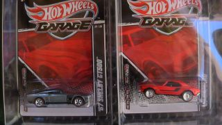 Hot Wheels Garage Ford vs GM 67 Shelby vs 67 Camaro New