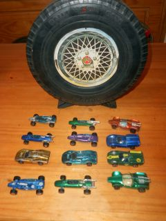 Vintage Redline Tire Case with Red Line Hot Wheels 1