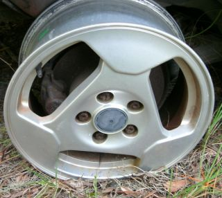 Factory 16 x 6 1 2 Alloy Wheel Rim 3 Hole 94 95 96 Saab 900