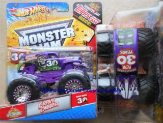 2012 Hot Wheels PURPLE GRAVE DIGGER SPECTRAFLAMES Monster Jam NEW 1 64