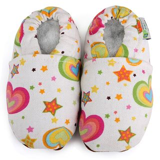 Rainbow Hearts Baby Soft Sole Canvas Shoe (White Pattern Multi colored heartsMaterial Canvas upperSole Non slip soft leather Sizes Newborn to 6 months, 6 to 12 months, 12 to 18 months, 18 to 24 months Cotton liningRounded toeEasy on and offImported Ch